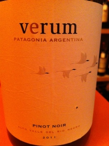 Argentine - Patagonia - Verum - Pinot noir - 2011