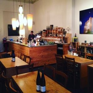 Berlin - Not only Riesling - cave et bar à vins - bar