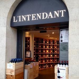 Bordeaux - L'Intendant - Cave à vins - 01 - Devanture