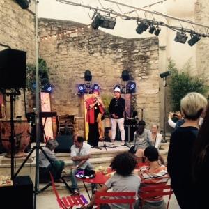 Bar à vins inter-rhone - avignon - festival - la scène