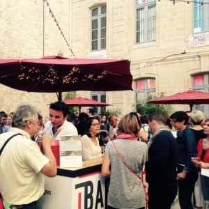 Bar à vins inter-rhone - avignon - festival - stand vins