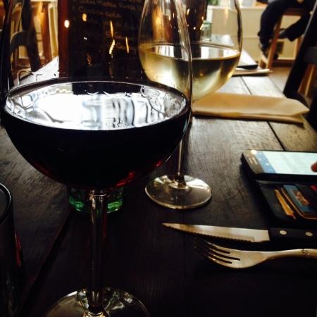 Généreux verres de vin